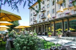 Hotel_bella_tola_facade
