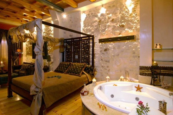 HHE-Avli-Lounga-Apartments-Greece