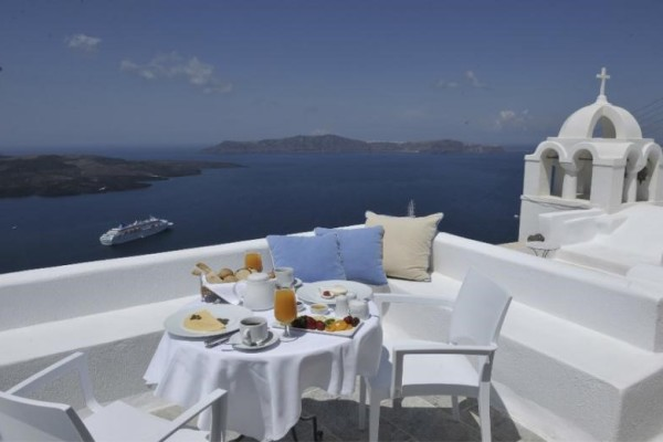 Aigialos-Hotel-Santorini-Historic-Hotels-of-Europe