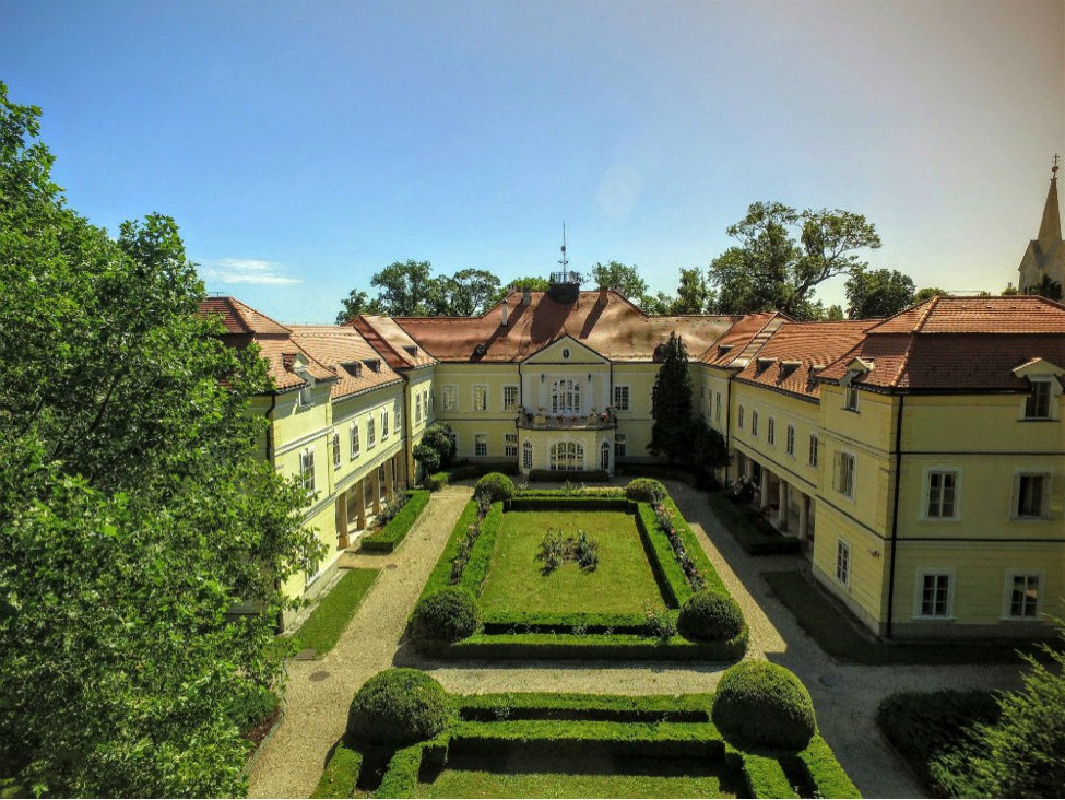 Hungary-s-rescued-castles