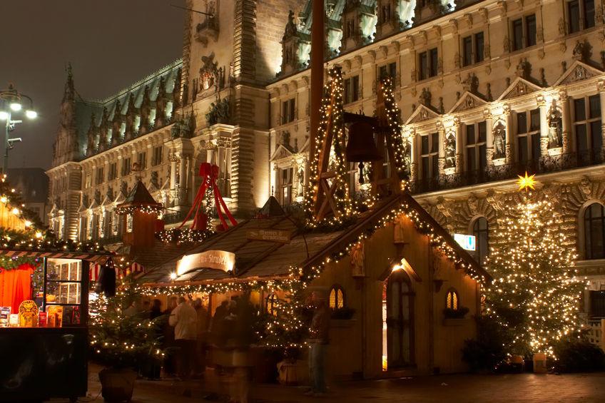 1761854 - christmas market in hamburg