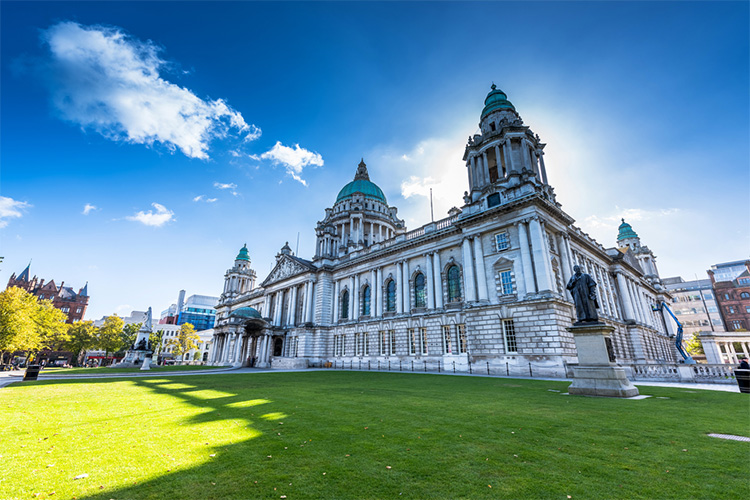 itinerary-inspiration-the-vibrant-cities-and-stunning-landscapes-of-northern-ireland