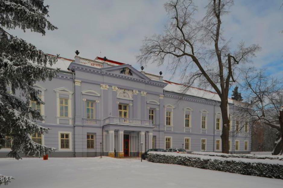 mojmirovce-manor