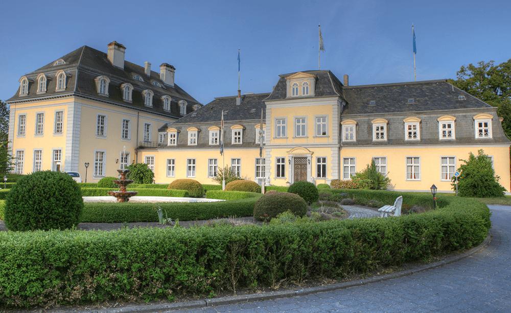 Schloss-Gross-Plasten-Germany-Castle
