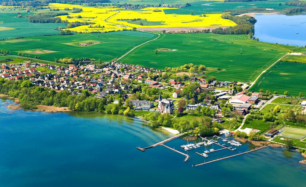 Schloss-Klink-Germany-Panorama