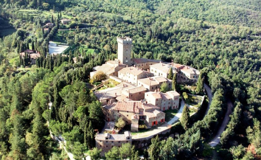 Castello-di-Gargonza-wedding-venue-italy
