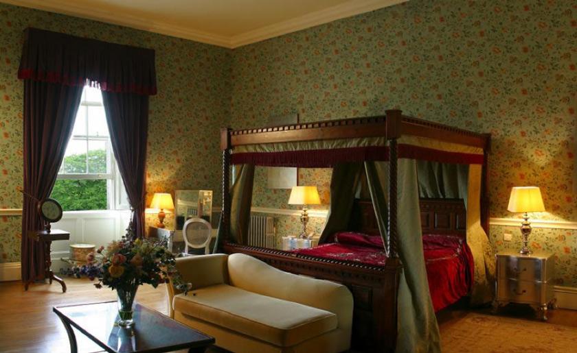 Castle-Durrow-wedding-Ireland