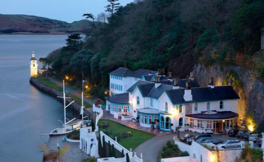 Hotel-Portmeirion-wedding-Wales