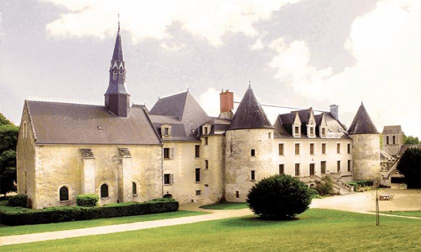 Chateau-de-Reignac-France