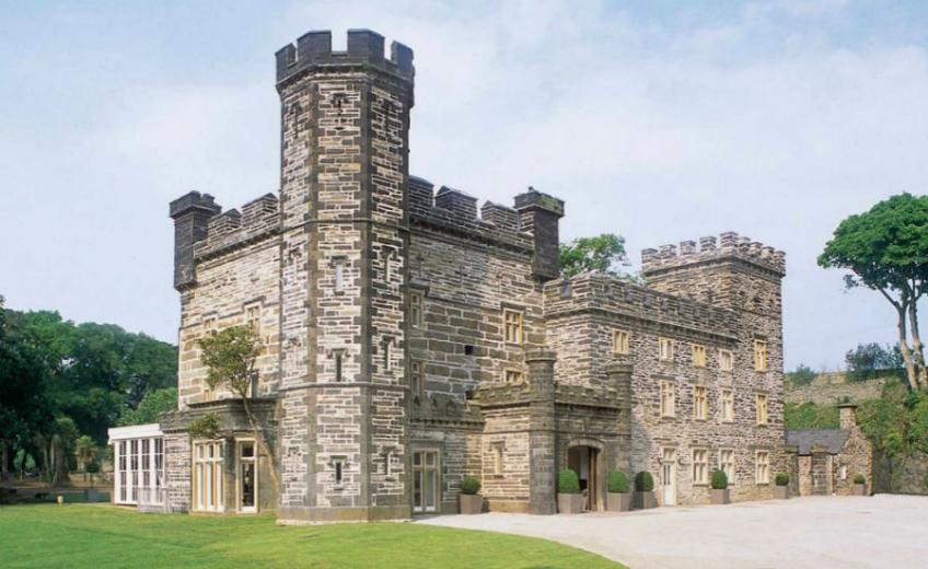 Castell-Deudraeth-Wales