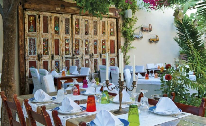 Avli Lounge Apartments, Greece
