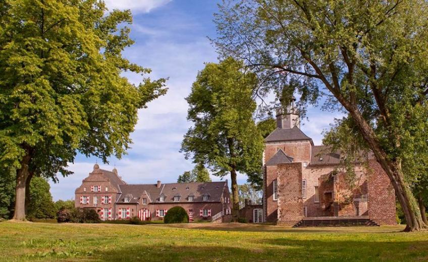 Schloss-Hertefeld-Weeze-Germany