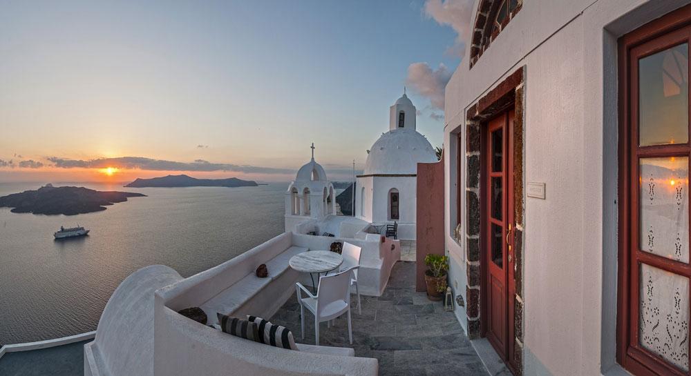 Aigialos-Hotel-Santorini-Greece