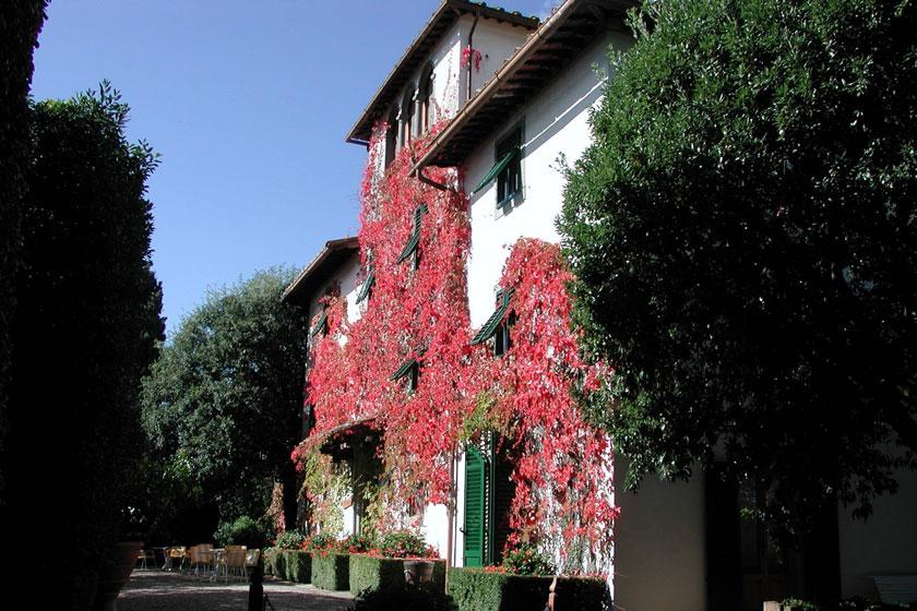 Hotel-Villa-Le-Barone-Italy
