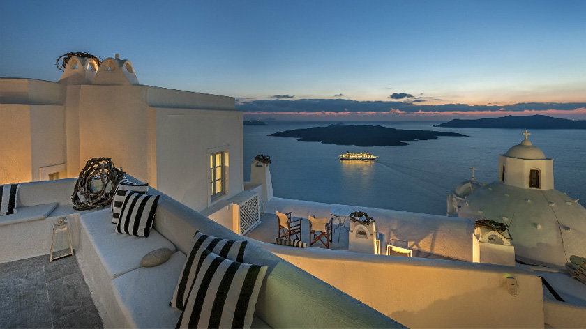 Aigialos-Santorini-Greece-Historic-Hotels-of-Europe-1