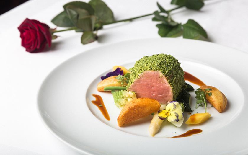 Hotel-Castel-Rundegg-Italy-Gastronomy