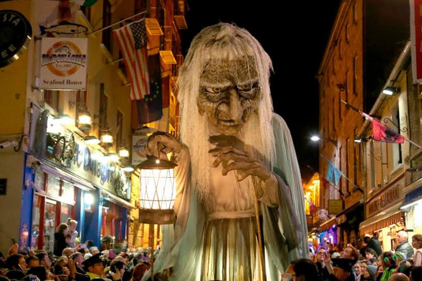 Macnas-Halloween-Parade