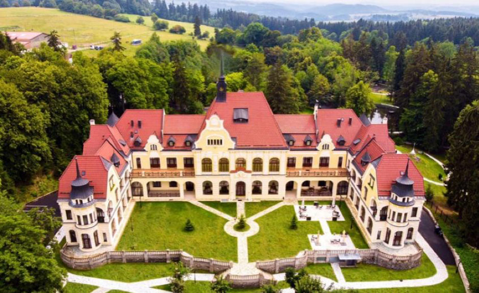 Rubezahl-Marienbad-Castle-Hotel-Golf--Marienbad,-Czech-Republic
