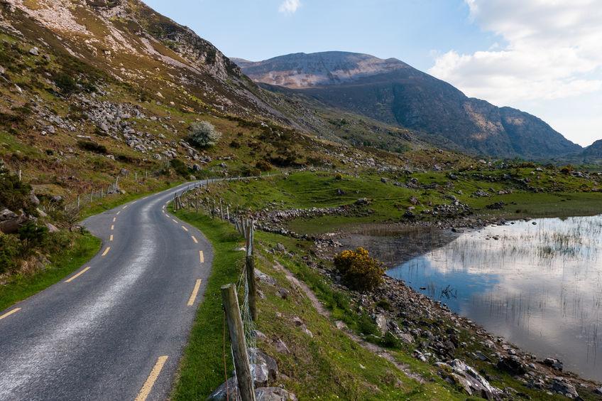 Scenic-landscape-Dunloe-County-Kerry-Irlanda